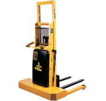 M Straddle and IBH Walkie Stacker